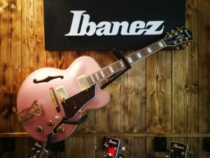 Ibanez AF75G-RGF Artcore Hollowbody Guitar 6 String Rose Gold Metallic Flat