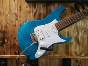Ibanez AZ2204F-TAB Prestige E-Guitar + Hardcase