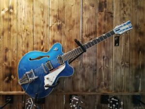 Duesenberg Fullerton Elite Catalina Blue + Case