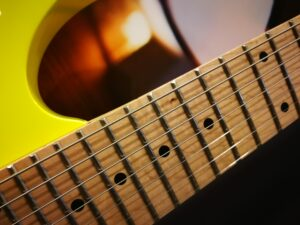 Ibanez RG752M-DY Prestige E-Guitar 7 String Desert Sun Yellow + Case