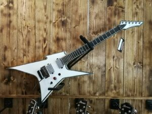 B.C. Rich Ironbird Extreme with Floyd Rose - Pearl White