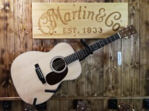 Martin 000-16E-01 Acoustic Guitar Granadillo 2019, Made in USA + GigBag
