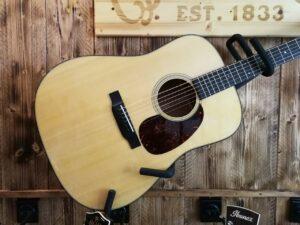Martin D18 Acoustic Guitar 2020 + Hardcase