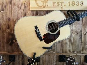 Martin D28 Acoustic Guitar 2020 + Hardcase