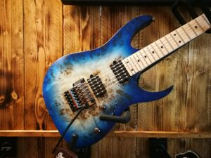 Ibanez RG652MPB-GFB Prestige 6-String Guitar + Case, B-Stock