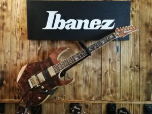 Ibanez RG8520SLTD-NTF j.custom Limited E-Guitar + Hardcase