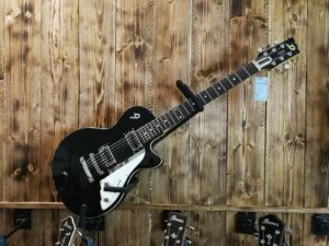 Duesenberg Starplayer Special Black E-Guitar + Case