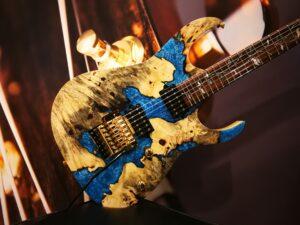 Ibanez R9441F22G530E Limited j.custom E-Guitar 6 String + Case