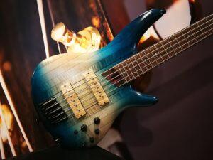 Ibanez SR5CMLTD-CIL SR Premium Series E-Bass 5 String Caribbean Islet Low Gloss + GigBag, Limited Edition