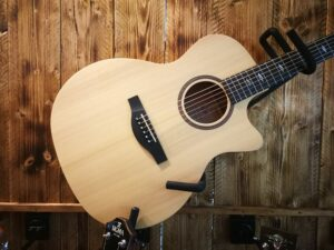 Sigma GMCE-1+ Acoustic Guitar + Preamp