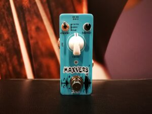 Xvive D1 MaxVerb, reverb effects pedal