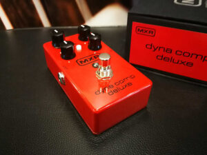 MXR M 228 - Dyna Comp Deluxe