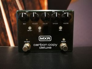 MXR M292 - Carbon Copy Deluxe Analog Delay