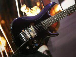 Ibanez JS2450-MCP Joe Satriani Signature E-Guitar Made in Japan Muscle Car Purple incl. case